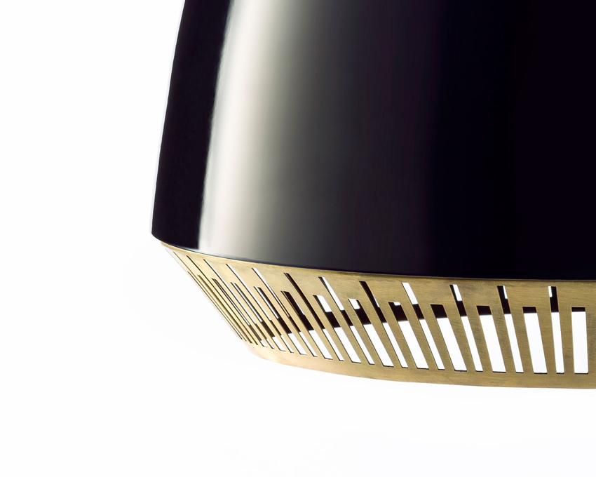 Bezel: dynamics design of light and shadow