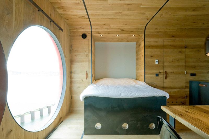 Botel letters le camere con arredo di design in un for Design consultancy amsterdam