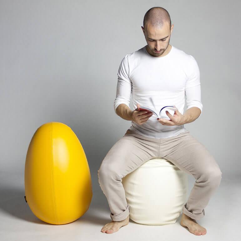 KOKKODE': una seduta uovo o un uovo seduta?
