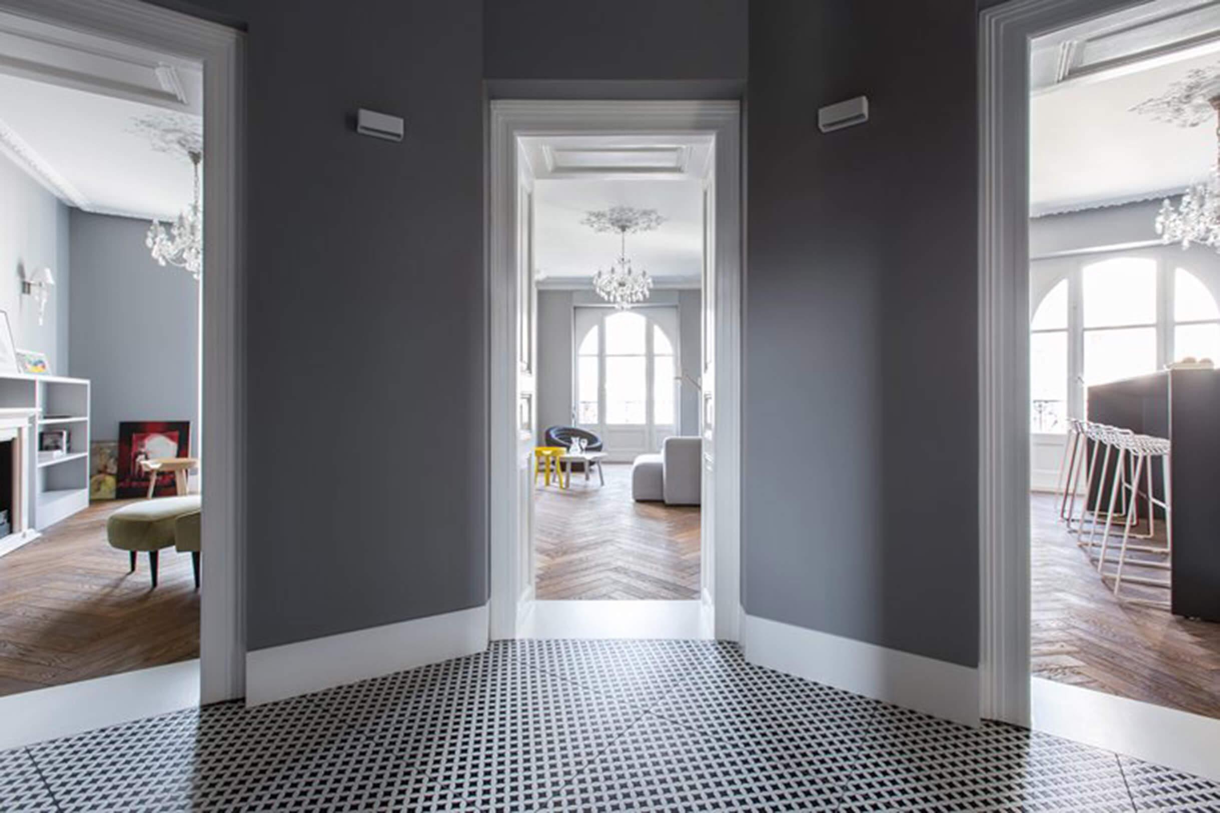 STRAUSS: L'eleganza sofisticata incontra il design moderno