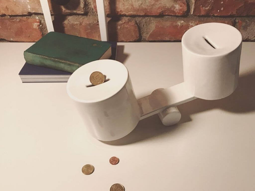 SPREAD: a piggy bank or perhaps a game where winning is undoubtedly worthwhile