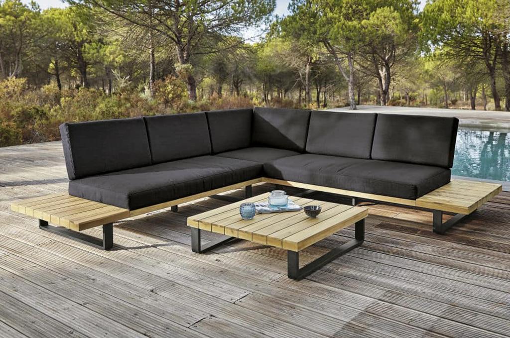 L'arredamento da giardino: stile e comodita' all'aria aperta