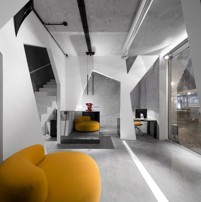 L ufficio di consexto un interior design futuristico for Uffici di design