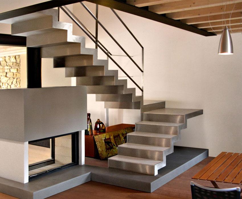 Ringhiere su misura la nuova concezione di arredo per for Arredare pianerottolo scale