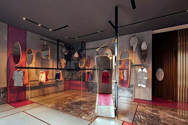 L interior design si guarda allo specchio maurizio for Maurizio pecoraro shop on line