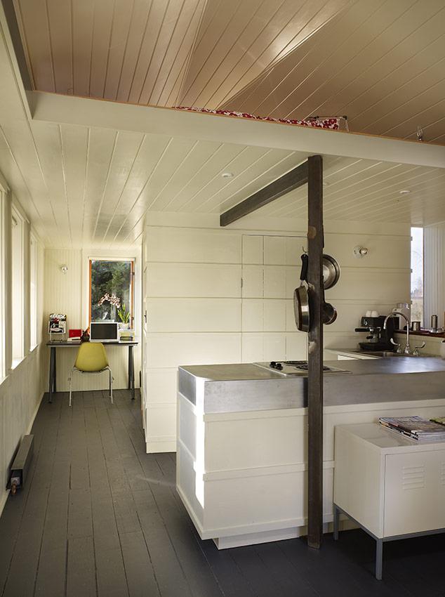 Arredare un garage da box a casa with arredare un garage for Articoli cucina design