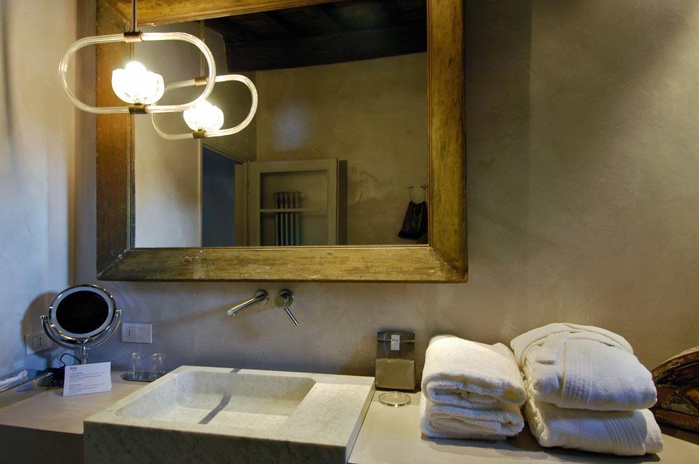 Riva Lofts Hotel: a Firenze si alloggia nell'arte