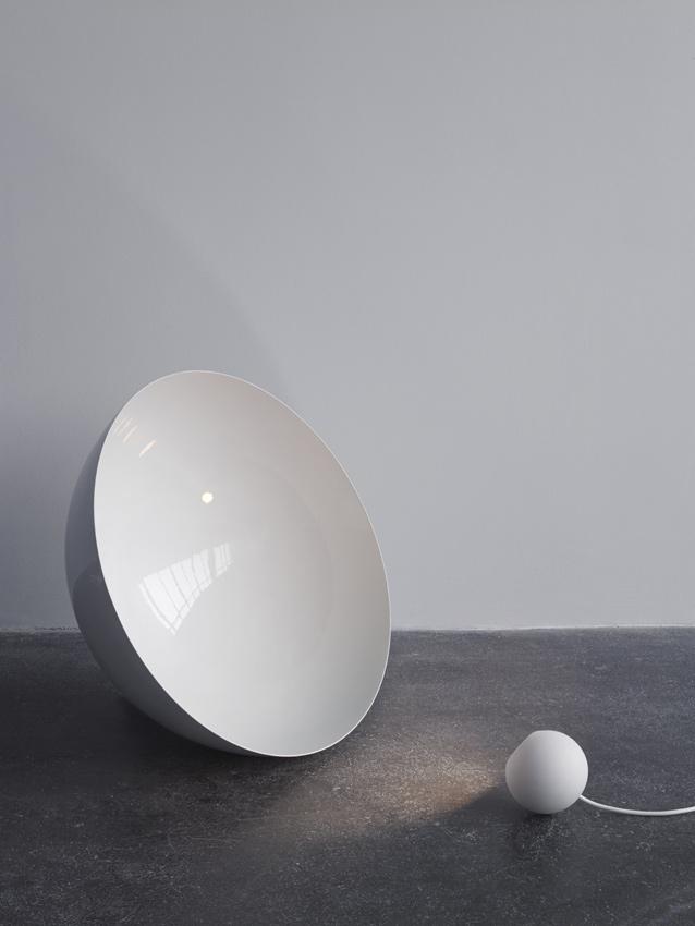 Globe: il segreto di una lampada di design sta nell'interazione