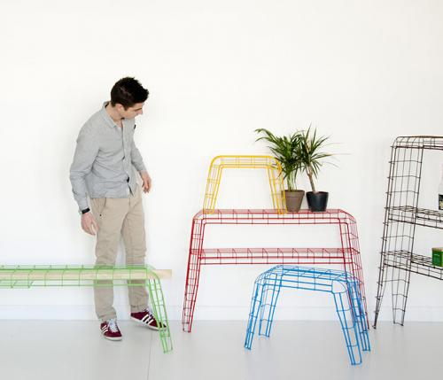 Restructurations: a furniture range sharing just one material