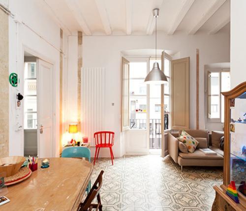 La cultura catalana firma il design di embt studio for Appartamenti low cost barcellona
