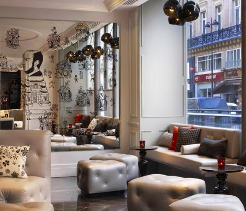 W Hotel Paris, when French elegance meets American energy