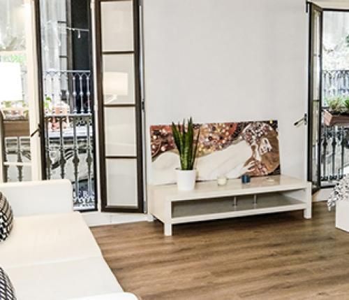 Ristrutturazione appartamento nel barrio gotico for Case vacanza barceloneta