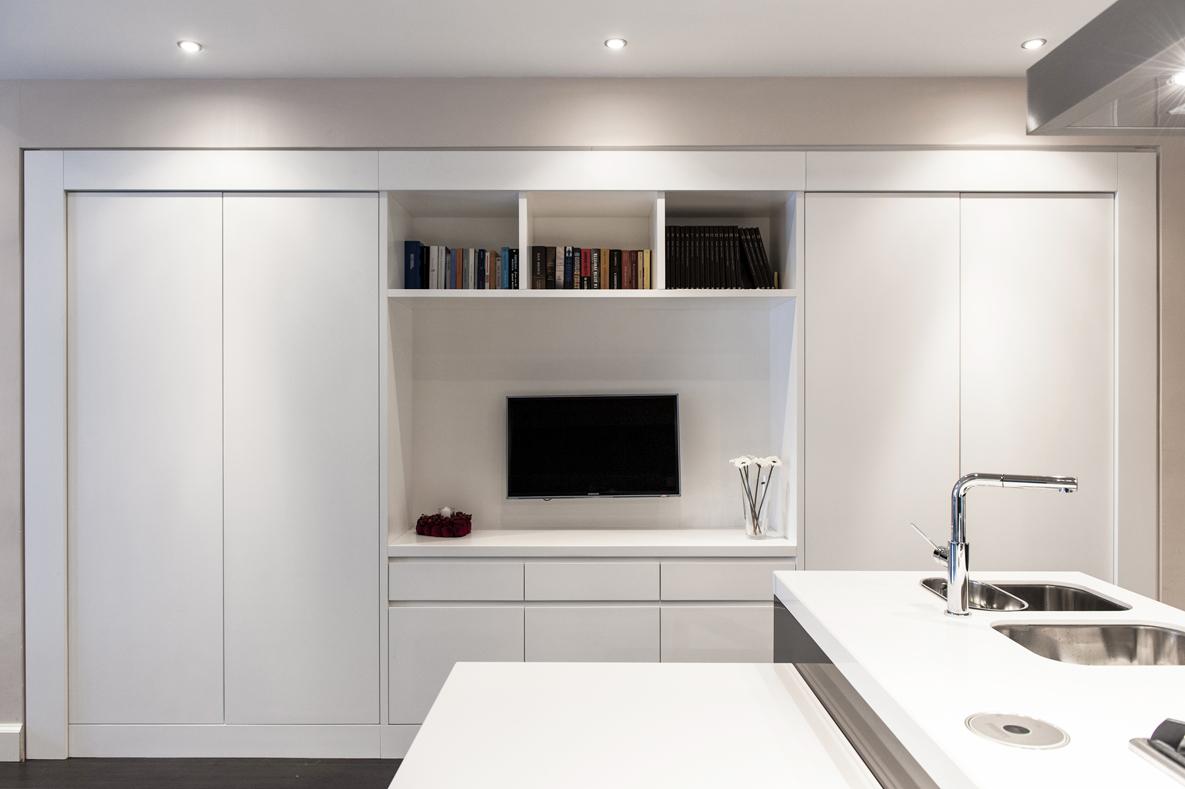 Ip apartment for Armadio guardaroba da soggiorno