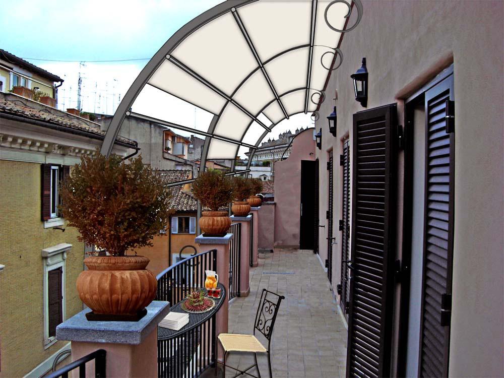 Allestimento balcone for Divanetto balcone