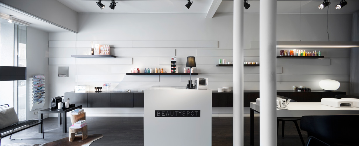 beautyspot. Black Bedroom Furniture Sets. Home Design Ideas