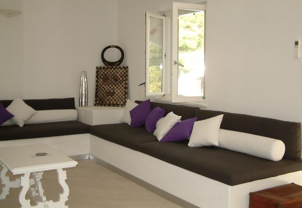 Villa al mare for Divano fucsia
