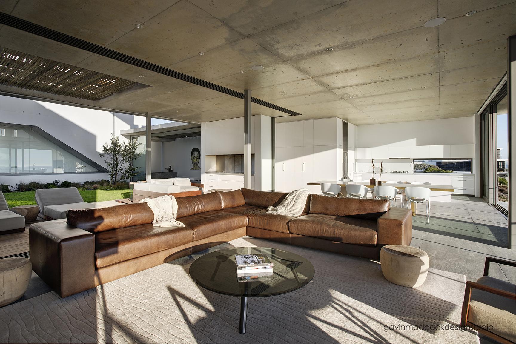 Pearl bay residence by gavin maddock design studio for Gavin interior design jakarta