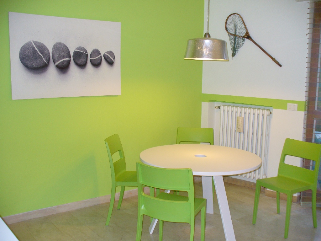 Verde mela per una casa di vacanze - Camera da letto verde mela ...