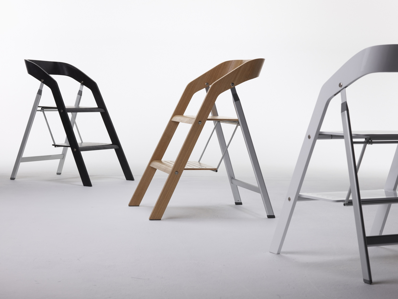 Keukentrapje Design : USIT, Finally a chair safe to climb!